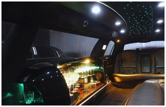 Stretchlimo Stuttgart - Lincoln Town Car Stretchlimousine