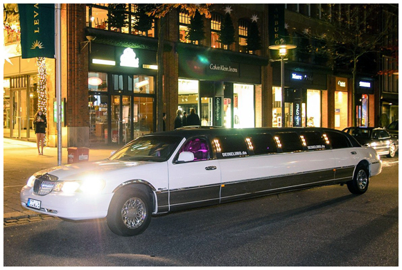 Lincoln Town Car Super Stretch