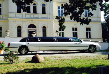 Lincoln Town Car Stretchlimo in Magdeburg mieten - Limostrip.com