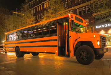 US School Bus [XXL Partybus] in Hamburg mieten - Limostrip.com